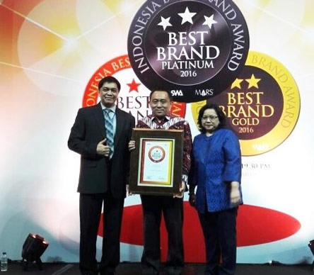 IndiHome-Menjadi-Yang-Terbaik-dalam-Indonesia-Best-Brand-Award-2016-Kategori-Internet-Broadband_M.jpg